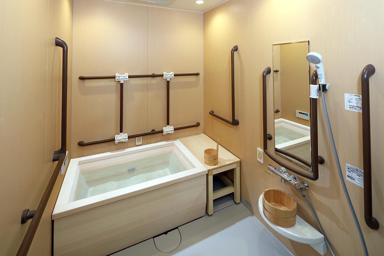 グランダ雪ヶ谷(介護付有料老人ホーム(一般型特定施設入居者生活介護))の画像(8)浴室