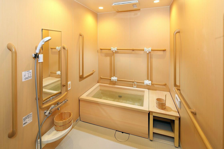 グランダ練馬(介護付有料老人ホーム(一般型特定施設入居者生活介護))の画像(9)檜風呂