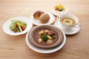 アリスタージュ経堂(介護付有料老人ホーム)の画像(3)お食事2