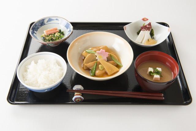 アリスタージュ経堂(介護付有料老人ホーム)の画像(19)お食事