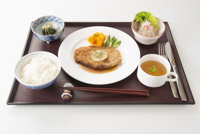 アリスタージュ経堂(介護付有料老人ホーム)の画像(20)お食事
