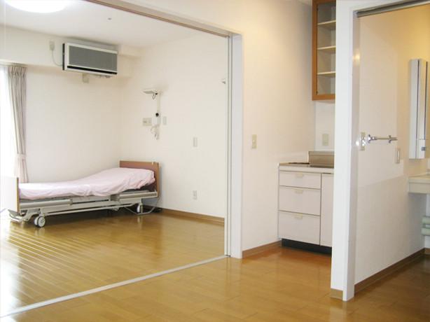 サンビレッジ国立(介護付有料老人ホーム)の画像(19)広いタイプの居室