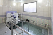ここち稲毛(介護付有料老人ホーム(介護専用型/一般型特定入居者生活介護))の画像(5)1F 浴室