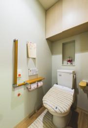クラーチ・メディーナ千葉(住宅型有料老人ホーム)の画像(3)居室トイレ