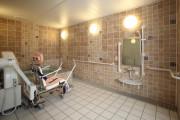 アリア深沢(介護付有料老人ホーム(一般型特定施設入居者生活介護))の画像(7)1F 浴室