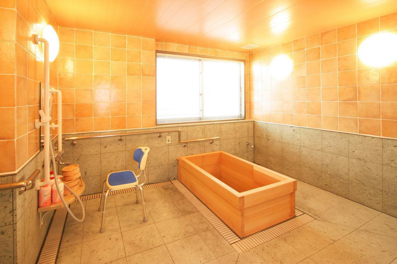 アリア松原(介護付有料老人ホーム(一般型特定施設入居者生活介護))の画像(8)浴室