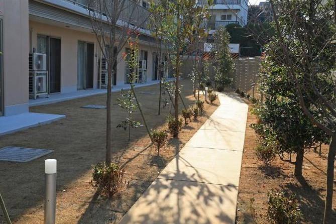 ボンセジュール町田鶴川(介護付有料老人ホーム(一般型特定施設入居者生活介護))の画像(6)1F 中庭