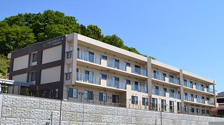イリーゼ町田図師の丘(介護付有料老人ホーム)の画像(1)外観