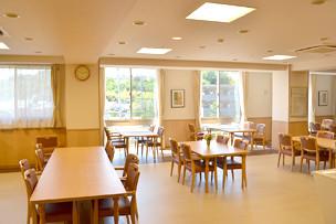 イリーゼ町田図師の丘(介護付有料老人ホーム)の画像(4)食堂