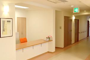 イリーゼ町田図師の丘(介護付有料老人ホーム)の画像(6)廊下