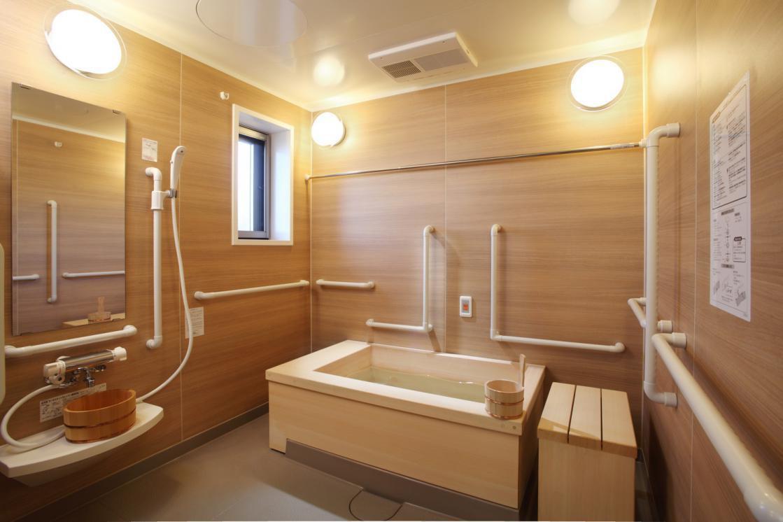 グランダ喜多見(介護付有料老人ホーム(一般型特定施設入居者生活介護))の画像(8)浴室