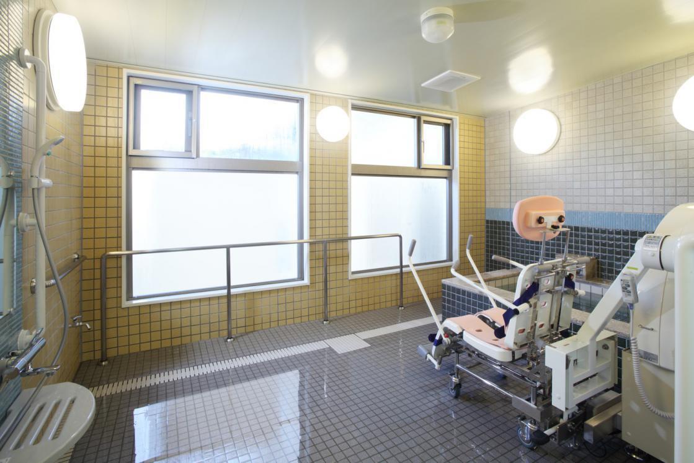 グランダ喜多見(介護付有料老人ホーム(一般型特定施設入居者生活介護))の画像(9)浴室