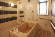 メディカルホームグランダ狛江参番館(介護付有料老人ホーム(一般型特定施設入居者生活介護))の画像(8)浴室