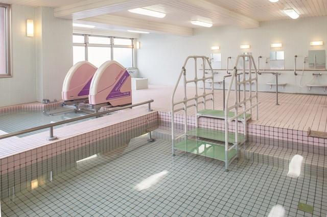 ニチイホーム稲城(介護付有料老人ホーム)の画像(15)浴室