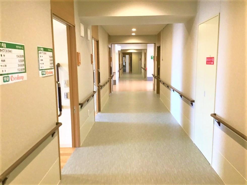 ココファン川越大手町(サービス付き高齢者向け住宅)の画像(26)廊下