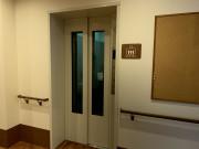 クロスハート藤沢本町(サービス付き高齢者向け住宅)の画像(9)エレベーター完備