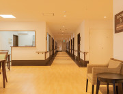 リアンレーヴ入間中央(介護付有料老人ホーム(一般型特定施設入居者生活介護))の画像(10)廊下
