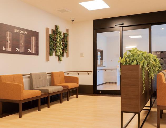 リアンレーヴ入間中央(介護付有料老人ホーム(一般型特定施設入居者生活介護))の画像(4)エントランス