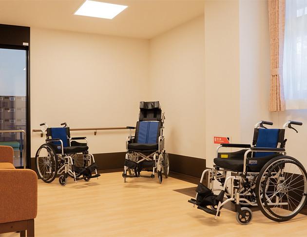 リアンレーヴ入間中央(介護付有料老人ホーム(一般型特定施設入居者生活介護))の画像(5)エントランス