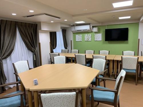 ガーデンコート朝霞(住宅型有料老人ホーム)の画像(4)食堂