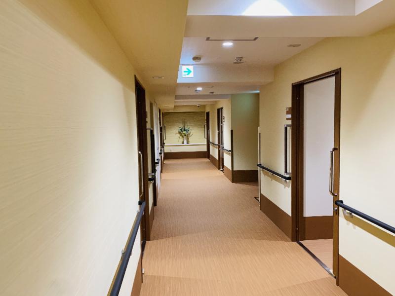 ガーデンコート朝霞(住宅型有料老人ホーム)の画像(21)廊下