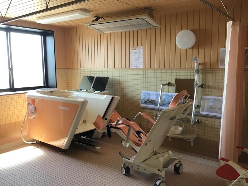 ヒューマンサポート北本(介護付有料老人ホーム)の画像(19)機械浴槽