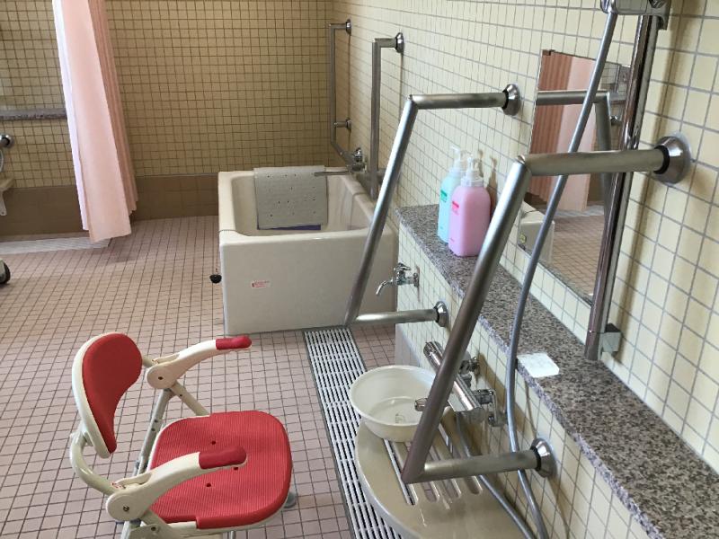 ヒューマンサポート北本(介護付有料老人ホーム)の画像(17)浴室