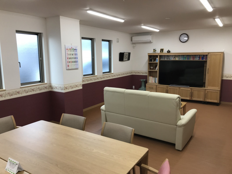K-アーバン南生田 本館(サービス付き高齢者向け住宅)の画像(6)談話室