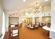オペラガーデン湘南・二宮(サービス付き高齢者向け住宅)の画像(6)開放的なレストラン