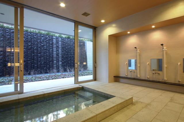 ヒルデモア世田谷岡本(介護付有料老人ホーム)の画像(5)大浴場