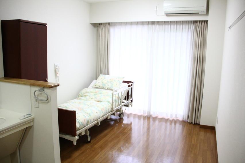 フローレンスケア芦花公園(介護付有料老人ホーム)の画像(13)居室