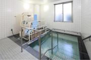 リハビリホームくらら砧公園(介護付有料老人ホーム(一般型特定施設入居者生活介護))の画像(9)浴室