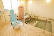 まどか本八幡東(介護付有料老人ホーム(一般型特定施設入居者生活介護))の画像(6)2F 浴室