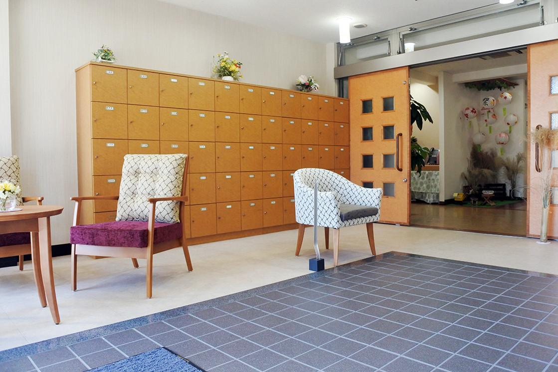メディカルホームくらら芦花公園(介護付有料老人ホーム(一般型特定施設入居者生活介護))の画像(3)エントランス