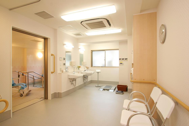 くらら用賀(介護付有料老人ホーム(一般型特定施設入居者生活介護))の画像(5)1F 浴室