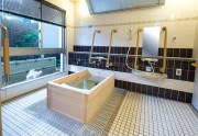 SOMPOケア ラヴィーレ津田沼(介護付有料老人ホーム)の画像(5)浴室