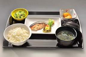 ココファン柏明原(サービス付き高齢者向け住宅)の画像(14)食事2