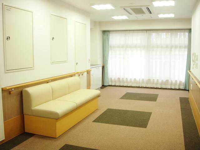 ベストライフ蒲田(介護付有料老人ホーム)の画像(3)談話コーナー