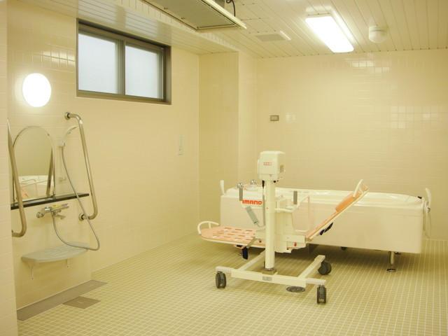 ベストライフ蒲田(介護付有料老人ホーム)の画像(6)機械浴
