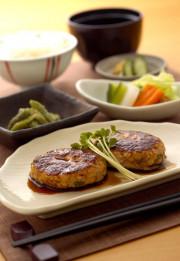 SOMPOケア ラヴィーレ成田(介護付有料老人ホーム)の画像(16)昼食