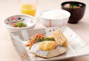 SOMPOケア ラヴィーレ成田(介護付有料老人ホーム)の画像(17)朝食【和食】