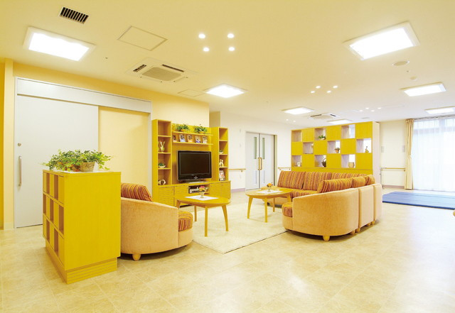 SOMPOケア ラヴィーレ成田(介護付有料老人ホーム)の画像(14)多目的室