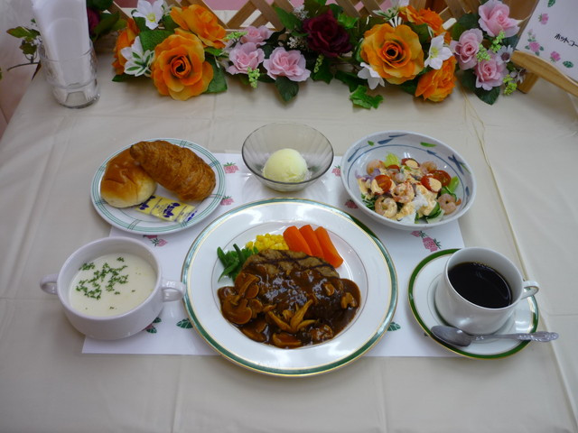 ベストライフ南東京(介護付有料老人ホーム)の画像(9)食事イメージ⑥