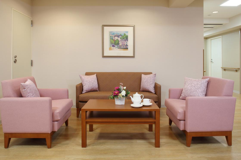 ボンセジュール大鳥居(介護付有料老人ホーム(介護専用型/一般型特定入居者生活介護))の画像(6)談話スペース
