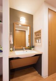 SOMPOケア ラヴィーレ入間(介護付有料老人ホーム)の画像(11)洗面台
