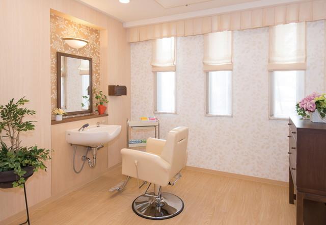 SOMPOケア ラヴィーレ入間(介護付有料老人ホーム)の画像(10)理美容室