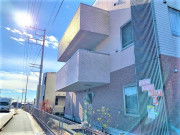 ココファン高坂(介護付有料老人ホーム(一般型特定施設入居者生活介護)/サービス付き高齢者向け住宅)の画像(5)外観