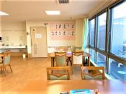 ココファン高坂(介護付有料老人ホーム(一般型特定施設入居者生活介護)/サービス付き高齢者向け住宅)の画像(10)食堂