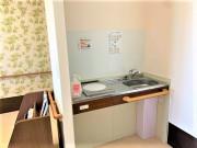 ココファン高坂(介護付有料老人ホーム(一般型特定施設入居者生活介護)/サービス付き高齢者向け住宅)の画像(18)ラウンジ