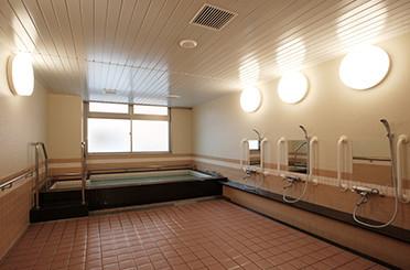 ライフ&シニアハウス川越南七彩の街(介護付有料老人ホーム)の画像(9)浴場